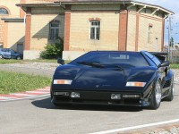 lamborghini-countach-turbo-s