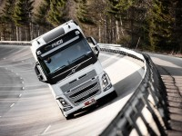 volvo-fh-right-angle-beauty-s